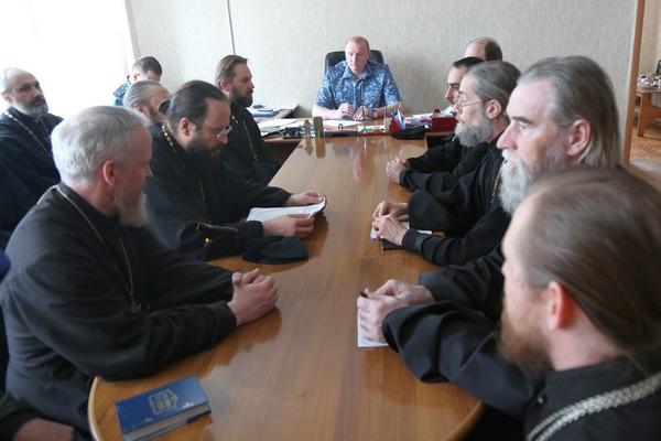 В ГУФСИН России по Челябинской области обсудили вопросы организации тюремного служения