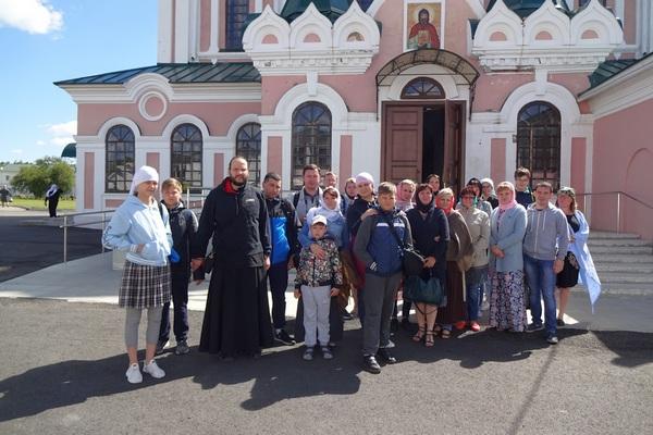Сотрудники ГУФСИН России по Челябинской области посетили Далматовский монастырь