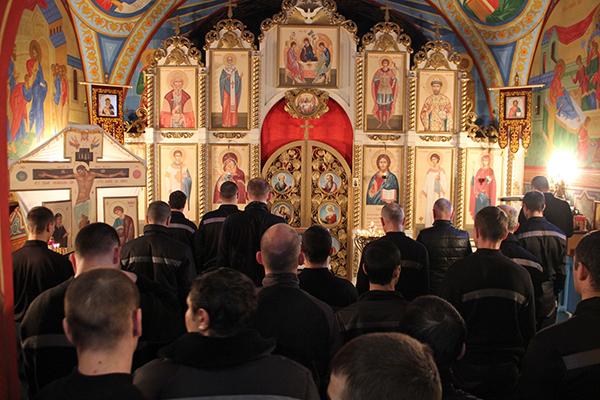 В храме ИК-6 ГУФСИН России по Челябинской области прошла Рождественская служба