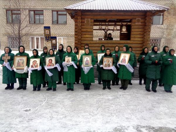 Осужденные православной общины ИК-4 ГУФСИН России по Челябинской области отметили праздник Введения во Храм Пресвятой Богородицы